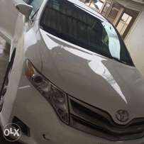Registered 2013 Toyota Venza XLE for sale wif panoramic roof