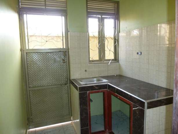 Standard 2 bedroom 2 baths house in Kyanja at 500k Kampala - image 6