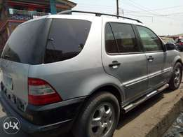 2003 Mercedes Benz ML350 for sale.