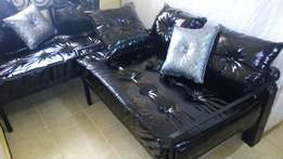 Black Leather Two Seaters (2 pieces)