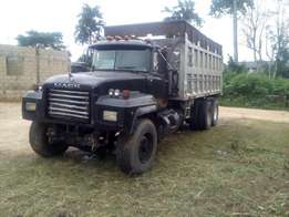Clean Mack Truck for sale