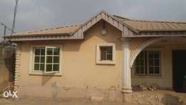 3 bedroom bungalow and a room self contained at d back cfo for sale f
