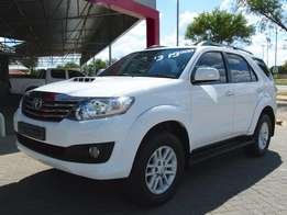 2014 Toyota Fortuner 2.5 D4D A/T R319 900