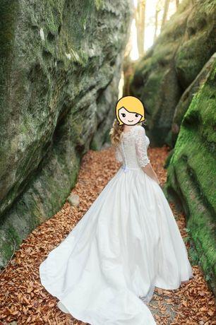 Архів  Продаю весільну сукню  8 500 грн. - Весільні сукні Дрогобич ... fb57b1ffd57c6