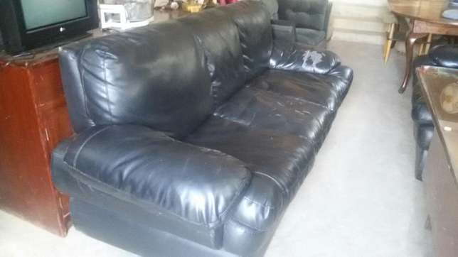 Five seater sofa Westlands - image 1