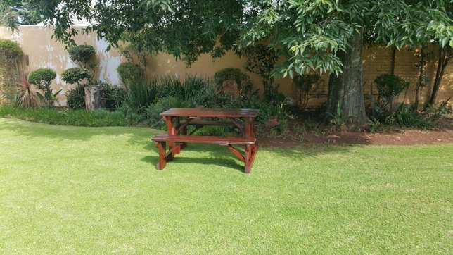 Pub and patio garden bench benches backrest Centurion - image 1