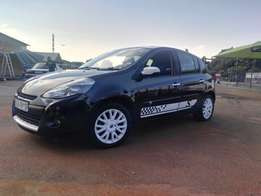 2011 Renault Clio III S On Special till 10 Feb