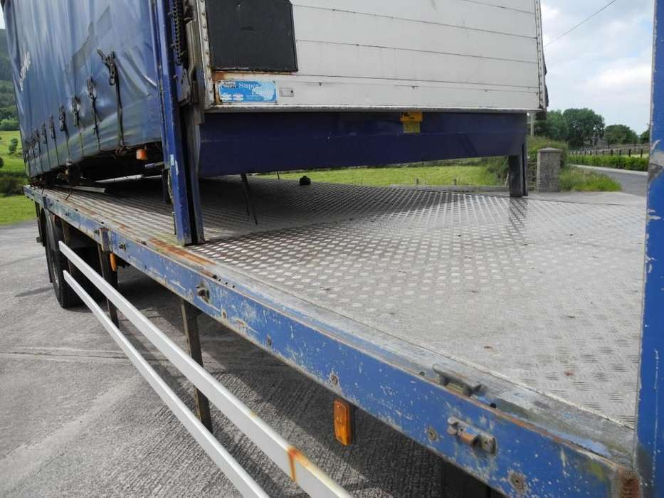 DAF 65 220 platte vrachtwagen - image 8