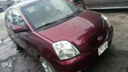 2007 very sound and sharp auto Kia picanto with factory chilling AC