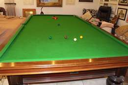 Antique Snooker Billiards Full Table with 2 sets of balls