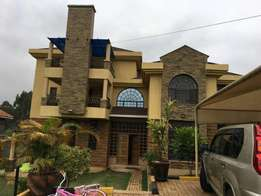 Elegant 3 bdrm Executive 3 storey hse