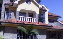 4 bedroom Townhouse with dsq