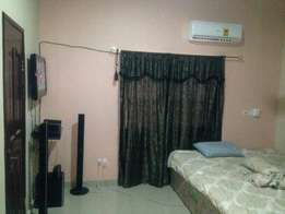 Fully furnished room for rent at West Trassaco