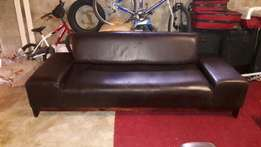 Leather Designer Upmarket Oxblood 4-Seater Couch!! Full Grain Leather