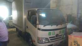 Toyota Dyna Closed top