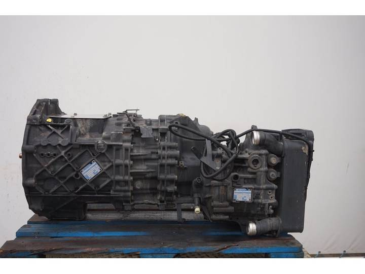 ZF 12AS2131DD + INT3 - 2012