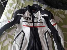 Berik full racing suite one piece
