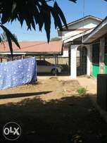 3 bedrooms Bungalow with SQs for sale.