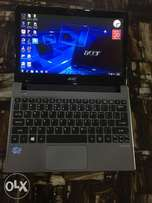 Good Acer Aspire Laptop. Meomory is 4Gb. Hard Disc is 500Gb.