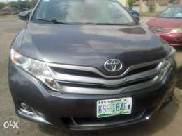 Well used toyota venza 2013 model