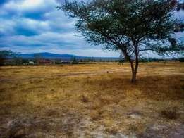 2.04 acres for sale at KYUMBI (Mombasa_Machakos Junction)