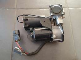 Land Rover Discovery 3/4 Range spot air suspension compressor