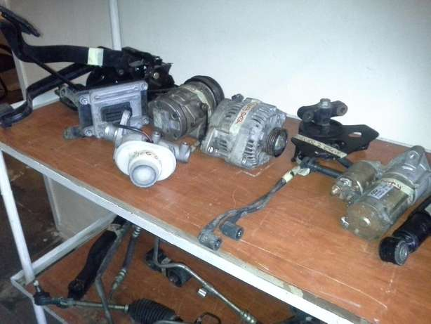 DIFF and CHASSIS FOR GWM, control arms, shocks,etc. Jeppestown - image 3