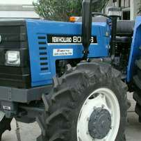New Holland tractor 8066
