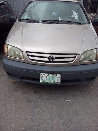 Toyota Sienna-2002 model-registered Yaba - image 1