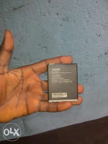 Original tecno y4 battery Apata - image 2