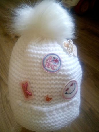 Нова Шапка шапочка зимова на 6-12 міс 2 шт і подарок Ниблер Новий Розділ 50d927c80f96b
