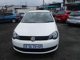 Polo Vivo 1.4 2013 Model,5 Doors factory A/C And C/D Player