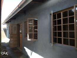 spacious two bedroomred house for rent at kapsoya Eldoret
