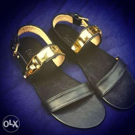 quality sandals for sale. Asaba - image 1