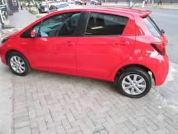 2015 toyota yaris 1.0 xs in excellent condition.