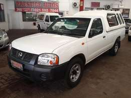 2010 Nissan NP300 2.0i LWB,with Only 118000Km's, Service History