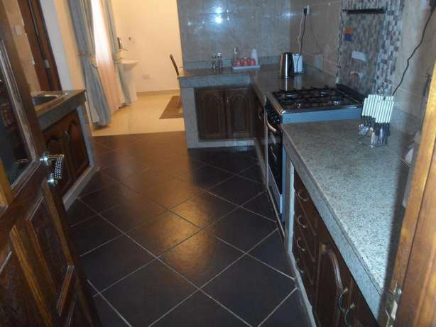 Executive 3 bedroom fully furnished apartment for long/short term let. Nyali - image 6