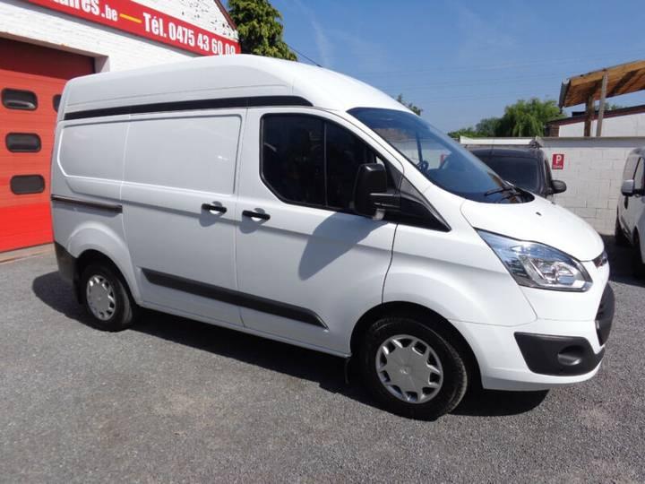 Ford Transit Custom 13000€ HTVA - 2015