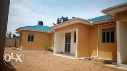 A two bedrooms for rent in Kiira