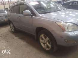 Lexus RX330 full options and first body