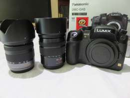 Panasonic Lumix GH3 Mirror less Twin Lens and 4x Batteries
