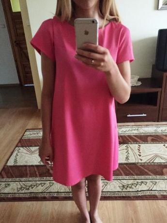 4d3f0dd511 Asymetryczna różowa trapezowa sukienka oversize Wola Rębkowska - image 2