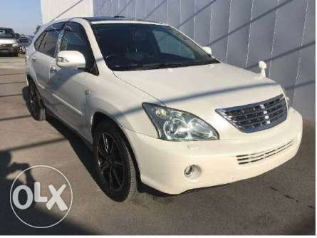 Toyota Harrier 2010 with sunroof in Nairobi Parklands - image 1