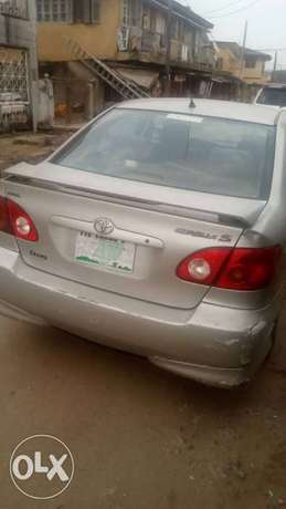 Clean Toyota Corolla Sport 2004 Surulere - image 2
