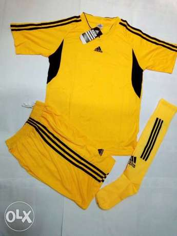 adidas football uniforms (jersey+shorts+socks) Nairobi CBD - image 6