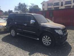 Mitsubishi Pajero Super Exceed Fully loaded