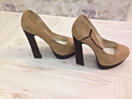 a8eb57a9098c20 Каблук - Жіноче взуття в Луцьк - OLX.ua