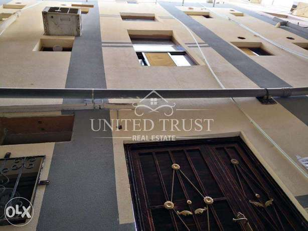 For sale building in Manama in good location REF: MAN-MB-003