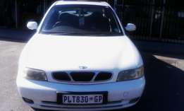 1998 Daewoo nubira 2,0 liter exec 5 spoed aircon elec windows powerst.