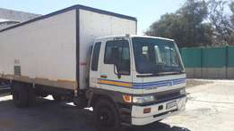 toyota hino 15207 f series 8 ton pantech truck in very good condition
